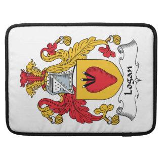 Escudo de la familia de Logan Fundas Para Macbooks