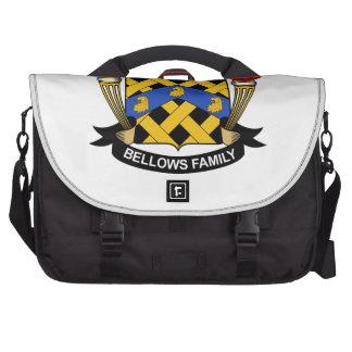 Escudo de la familia de los bramidos bolsas para portatil