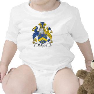 Escudo de la familia de los caballos de labor trajes de bebé