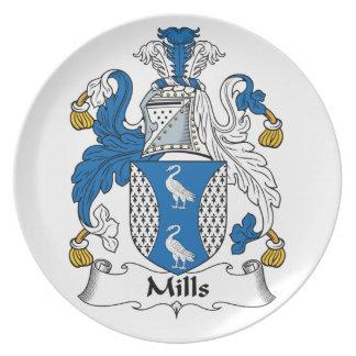 Escudo de la familia de los molinos plato para fiesta