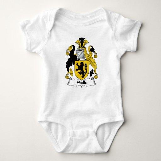 Escudo de la familia de los pozos t-shirt