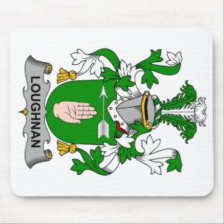 Escudo de la familia de Loughnan Alfombrillas De Ratón