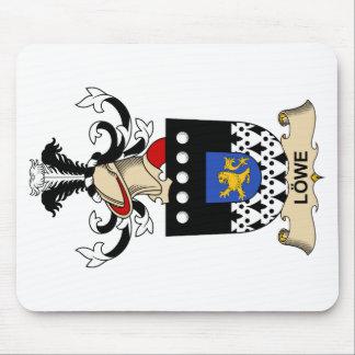 Escudo de la familia de Löwe Tapetes De Ratones