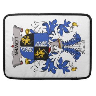 Escudo de la familia de Lowen Fundas Para Macbooks