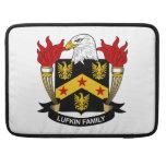 Escudo de la familia de Lufkin Fundas Para Macbook Pro