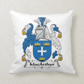Escudo de la familia de MacArthur Cojín Decorativo