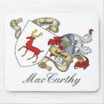 Escudo de la familia de MacCarthy Tapetes De Raton