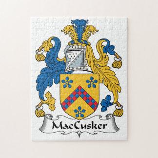 Escudo de la familia de MacCusker Puzzle Con Fotos
