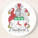 Escudo de la familia de MacDavitt Posavasos Para Bebidas