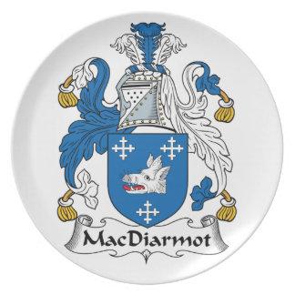 Escudo de la familia de MacDiarmot Plato Para Fiesta
