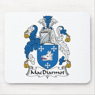 Escudo de la familia de MacDiarmot Tapetes De Ratones