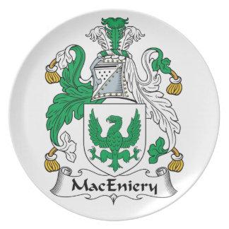 Escudo de la familia de MacEniery Plato