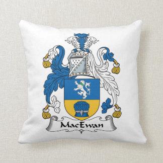Escudo de la familia de MacEwan Cojín Decorativo
