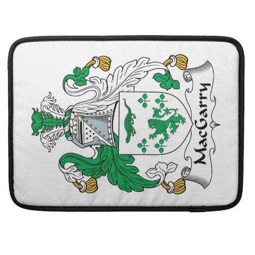 Escudo de la familia de MacGarry Funda Para Macbook Pro