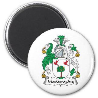 Escudo de la familia de MacGeraghty Imán Redondo 5 Cm