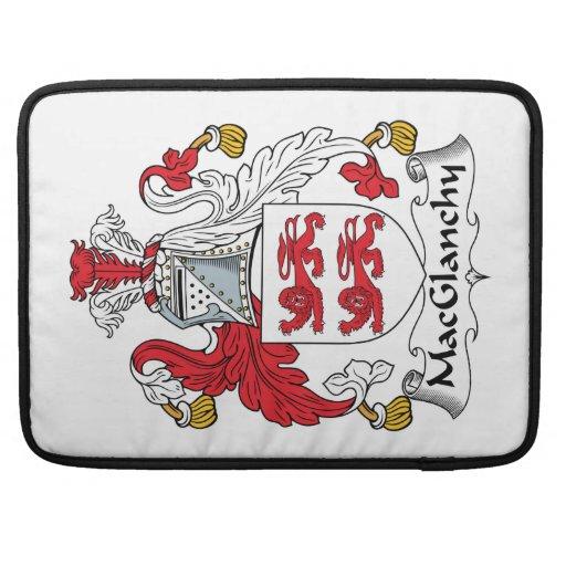 Escudo de la familia de MacGlanchy Fundas Para Macbooks