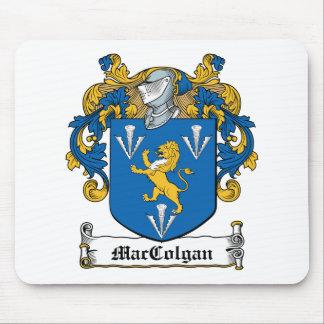 Escudo de la familia de MacGolgan Tapetes De Raton