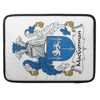 Escudo de la familia de MacGorman Funda Para Macbook Pro