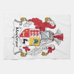 Escudo de la familia de MacGraw Toallas De Mano