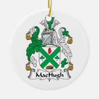Escudo de la familia de MacHugh Adorno Redondo De Cerámica