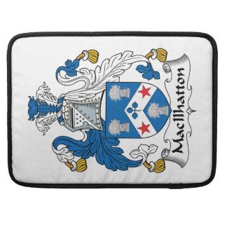 Escudo de la familia de MacIlhatton Fundas Macbook Pro
