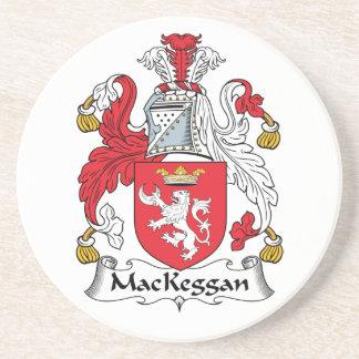 Escudo de la familia de MacKeggan Posavasos Personalizados