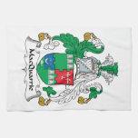 Escudo de la familia de MacQuarrie Toalla De Mano