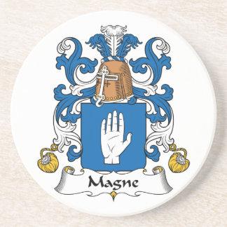 Escudo de la familia de Magne Posavaso Para Bebida