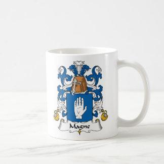 Escudo de la familia de Magne Taza