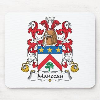 Escudo de la familia de Manceau Alfombrillas De Raton
