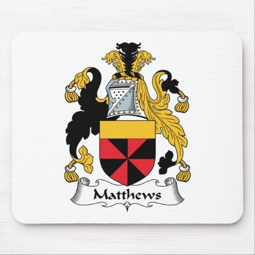 Escudo de la familia de Matthews Mouse Pads