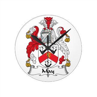 Escudo de la familia de mayo relojes de pared