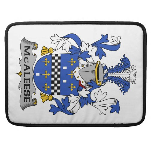 Escudo de la familia de McAleese Fundas Para Macbooks