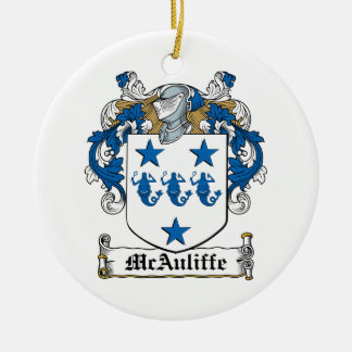 Escudo de la familia de McAuliffe Adorno Redondo De Cerámica