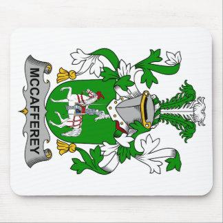Escudo de la familia de McCafferey Tapetes De Raton