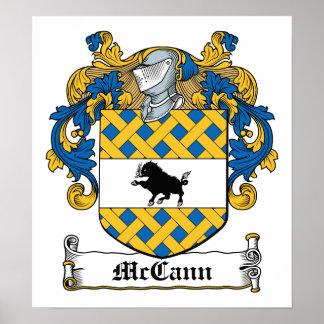 Escudo de la familia de McCann Posters