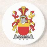 Escudo de la familia de McCarron Posavasos Personalizados