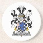 Escudo de la familia de McClave Posavasos Para Bebidas