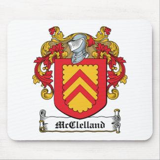 Escudo de la familia de McClelland Alfombrillas De Raton
