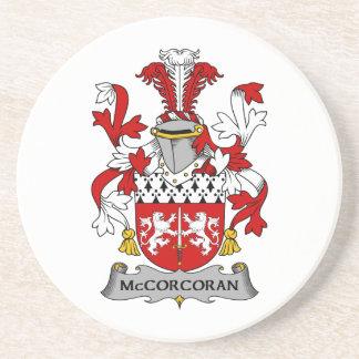 Escudo de la familia de McCorcoran Posavasos Diseño