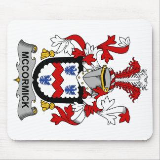 Escudo de la familia de McCormick Tapete De Ratones