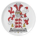 Escudo de la familia de McCoughlan Plato De Comida