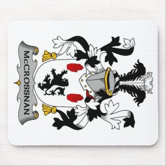 Escudo de la familia de McCrossan Tapete De Ratón