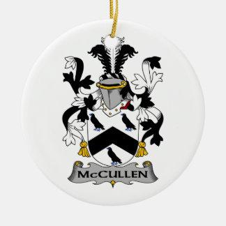 Escudo de la familia de McCullen Adorno Navideño Redondo De Cerámica