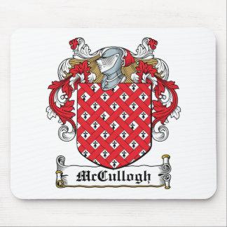 Escudo de la familia de McCullogh Tapetes De Ratón