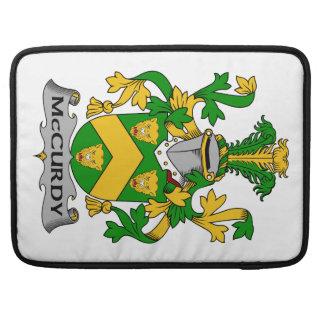 Escudo de la familia de McCurdy Funda Para Macbooks