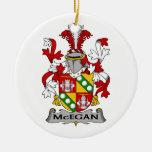 Escudo de la familia de McEgan Adorno
