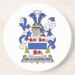 Escudo de la familia de McGannon Posavaso Para Bebida