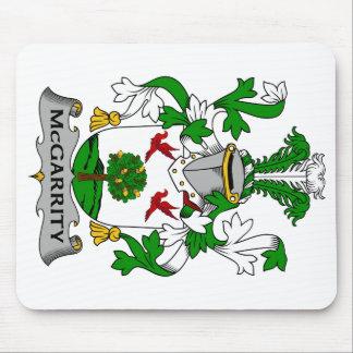 Escudo de la familia de McGarrity Tapete De Raton