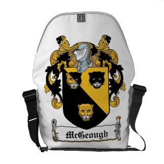 Escudo de la familia de McGeough Bolsas De Mensajeria